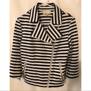 Forever 21 sporty jacket size medium